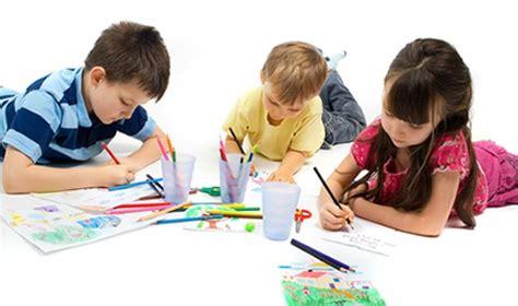imagenes niños haciendo manualidades manualidades para ni 241 os padres