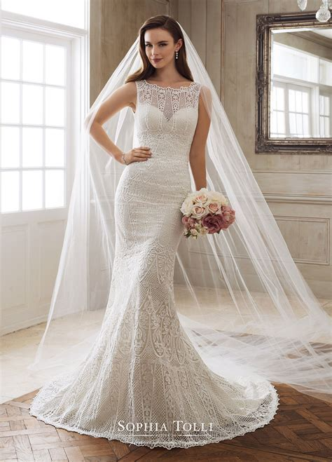 The Best Wedding Dresses For Brides With Fat Arms