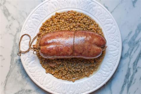 cucinare lenticchie e cotechino cotechino con lenticchie la ricetta perfetta dissapore