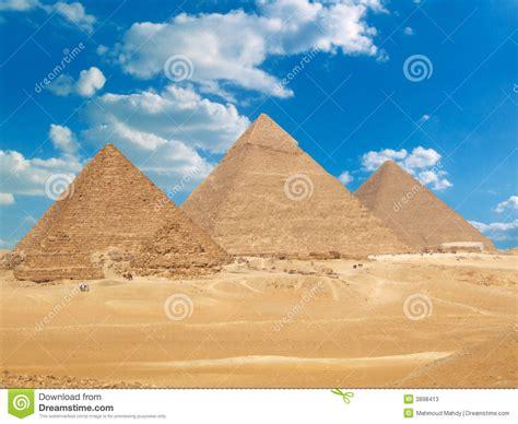 imagenes piramides egipcias pir 226 mides eg 237 pcias famosas fotos de stock imagem 3898413