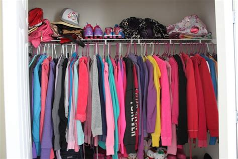 Wardrobe Of Clothes Wardrobe Organizing Tips