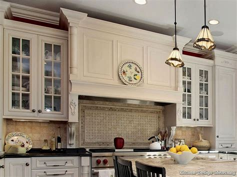 lowes kraftmaid kitchen cabinets kitchen starmark cabinet reviews kraftmaid cabinets