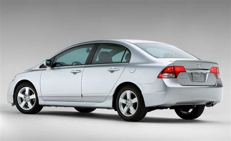 Honda Civic Pictures by Car And Driver