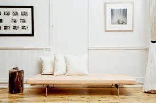 Leather Couch Sofa 10 Easy Pieces Modern Daybeds Remodelista