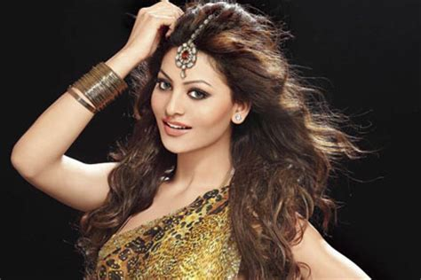 images of love dose video urvashi rautela in desi kalakaar s love dose song