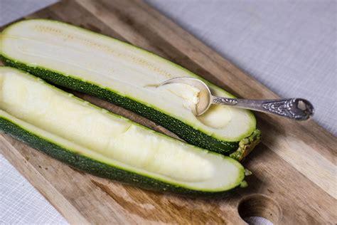 oregano öl innere anwendung mexican stuffed zucchini gef 252 llte zucchini epi food