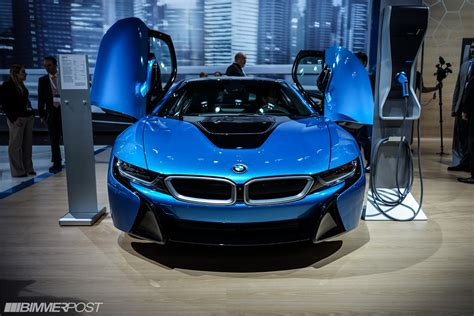 2014 NYIAS: BMW i8 in Protonic Blue