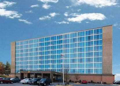 comfort inn and suites omaha nebraska comfort inn and suites omaha omaha deals see hotel