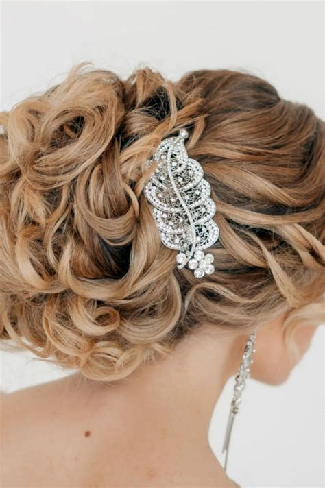 Wedding Hairstyles Square Jaw by Wedding Hairstyle For Medium Hair