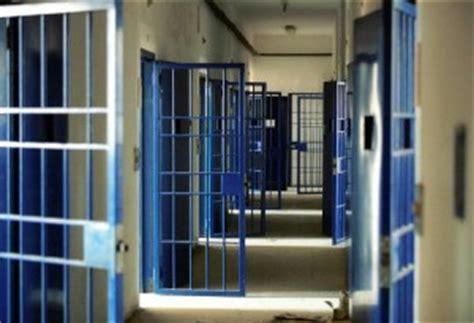 casa circondariale di parma carcere detenuti in rivolta un agente intossicato parma