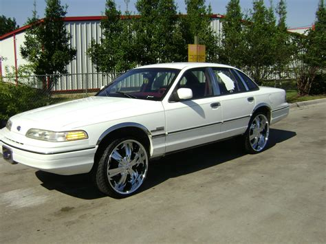 1992 ford crown kave44 1992 ford crown specs photos