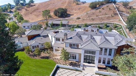 the weeknd house the weeknd scores an 18m mansion blocks from rival drake daily mail online