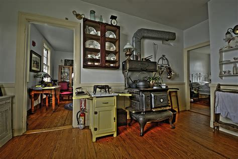 Country Style Kitchen Island Modern Kitchen In 1900 S Flickr Photo Sharing