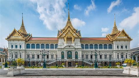 thai palace top 7 sights for every muslim traveler to bankgkok