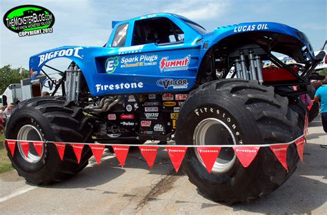 bigfoot monster truck museum bigfoot 18 187 international monster truck museum hall of fame