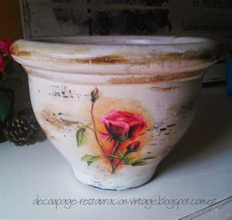 tutorial decoupage en macetas de barro decorar macetas de barro con decoupage aprender