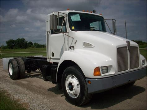 kenworth t300 kenworth t300 cab chassis trucks for sale used trucks on