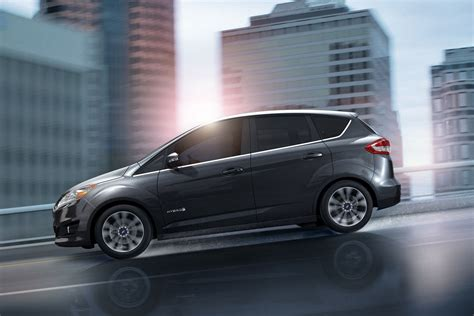 ford c max 2017 ford 174 c max hybrid se model highlights ford