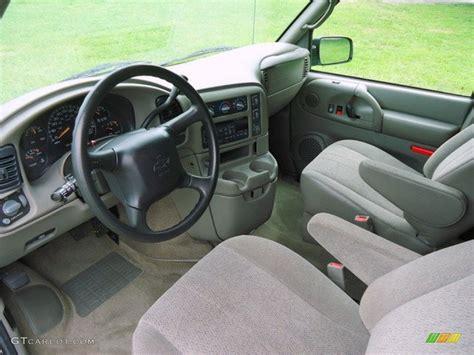 Astro Interior by 2005 Chevrolet Astro Lt Awd Passenger Interior Color