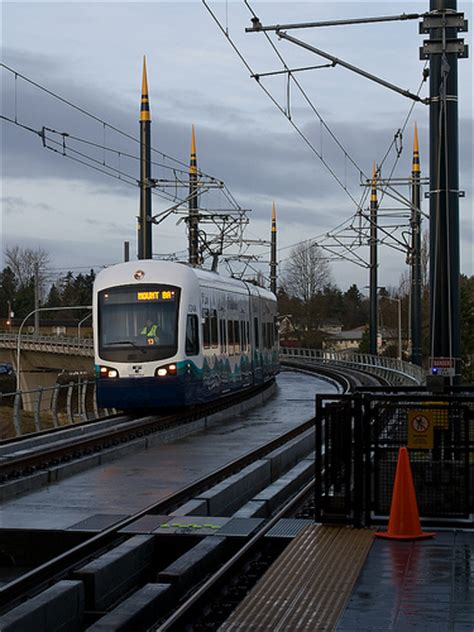 Light Rail To Airport by Seatac Airport Light Rail Link Flickr Photo