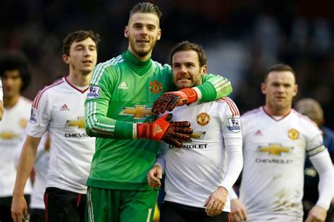 Mata Be Safe only four manchester united players are safe from jose