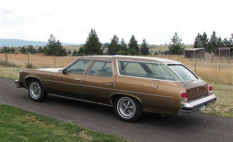 green station wagon 1976 pontiac catalina safari station wagon with clamshell