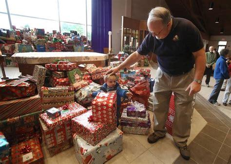 christmas gifts benefiting charities catholic charities gift coordinator brings to the season needy
