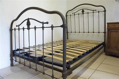 vintage iron bed industrial finish 4ft french antique iron bed includes base