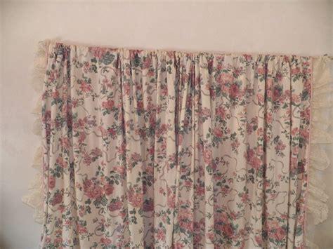 Gray Lace Valance Croscill Elizabeth Gray Ribbon Lace Set Of