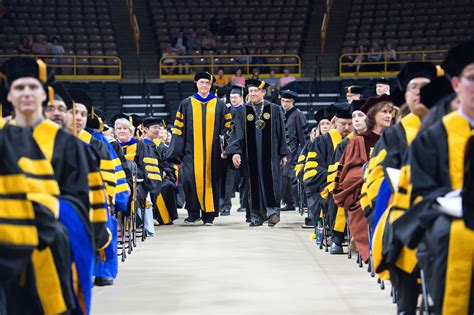 Of Iowa Mba Pm Graduation by Looking Back At 2017 Commencement Ceremonies Iowa Now
