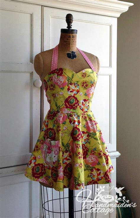 sewing pattern for reversible apron jezebelle reversible apron pdf pattern