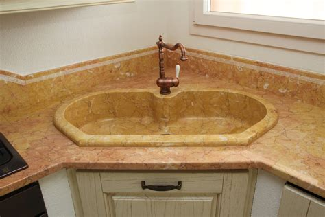 lavello in marmo immagini lavelli e catini di marmo massello