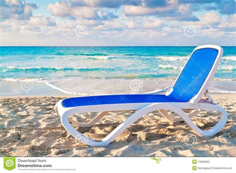 bed on the beach reclining bed on the cuban beach of varadero stock photography image 19256592