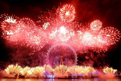 new year celebration how does it last new year s fireworks will cost 163 10 despite mayor
