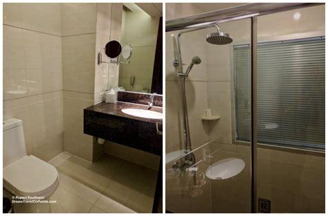 hotel in manila with bathtub mnl ramada bath cx1080wm dreamtravelonpoints