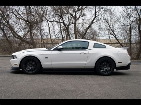 2011 mustang white 2011 ford mustang rtr package white side 1280x960