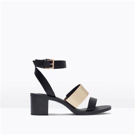 zara heeled sandals zara block heel sandals with metallic detail in black lyst