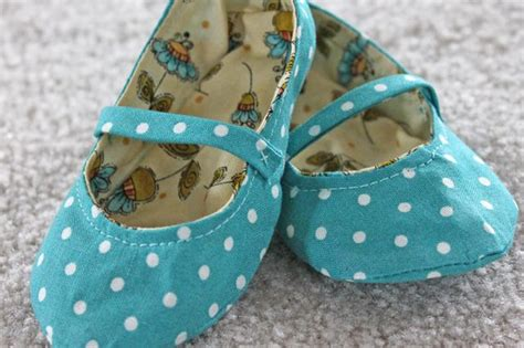 Handmade Shoes Tutorial - handmade fabric baby shoes free tutorial sewing 4 free