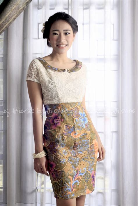 Baju Setelan With Skirt Model Black White Yellow Style Impor baju batik modern murah model dress batik modern terbaru