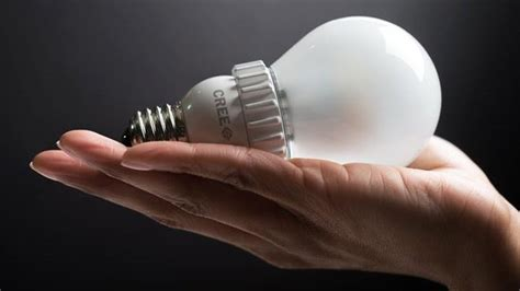 Why Use Led Light Bulbs The Best Led Lightbulb Is The Cree Warm White Tested