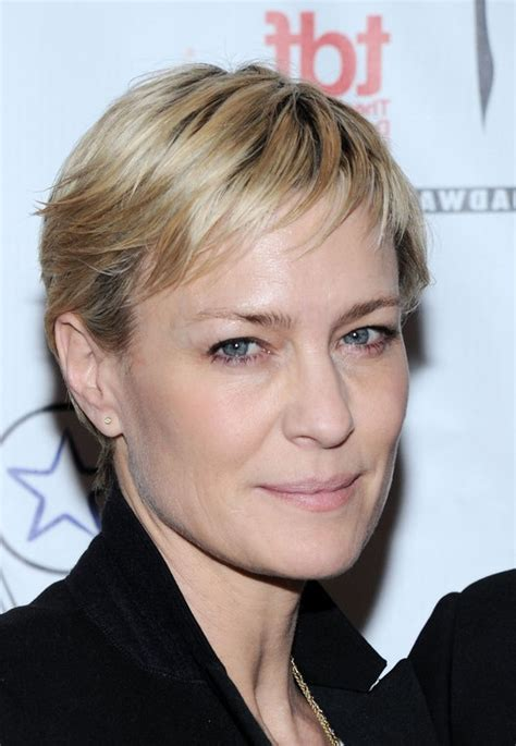 pixie haircut women over 40 robin wright short straight pixie cut for women over 40