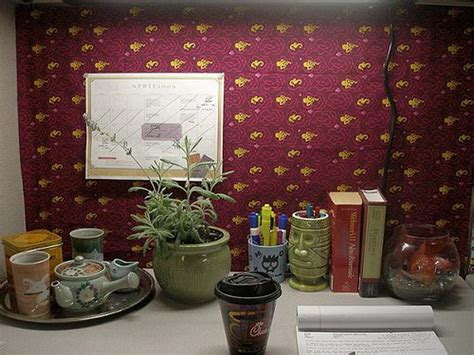 how to make your office cozy cubicle how to decorate an office your dream home