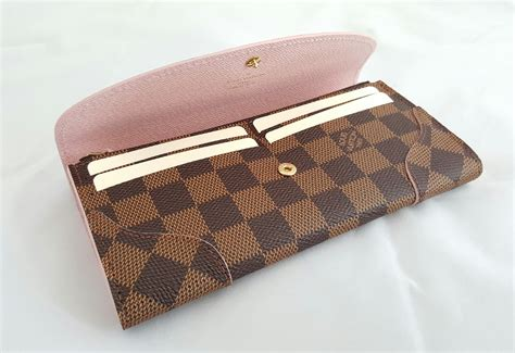 Jam Tangan Louis Vuitton 19 louis vuitton wallet damier caissa sold