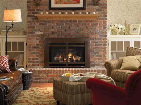 Hearth Bricks For Fireplaces by Best 20 Brick Fireplaces Ideas On