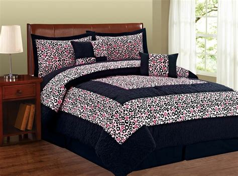 What Comes In A Comforter Set by 21 Best Images About Comforters Bed Sets Bnf Home On