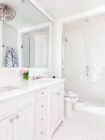 White Bathrooms Ideas by 17 Best Ideas About White Bathrooms On