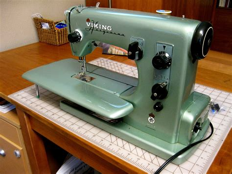 husqvarna viking model 21 sewing machine