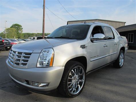 Cadillac Escalade Prices by 2010 Cadillac Escalade Prices Reviews And Pictures Us