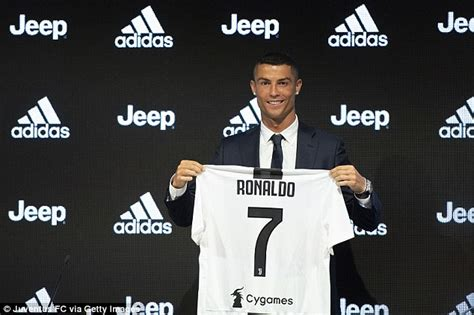 ronaldo juventus move ronaldo s juventus post becomes fifth most liked instagram picture daily mail