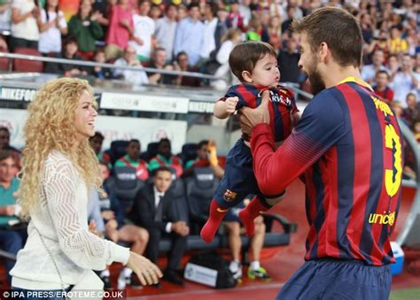 Shakira To Wed In September by Shakira Shares Pictures Of After Revealing She Wants